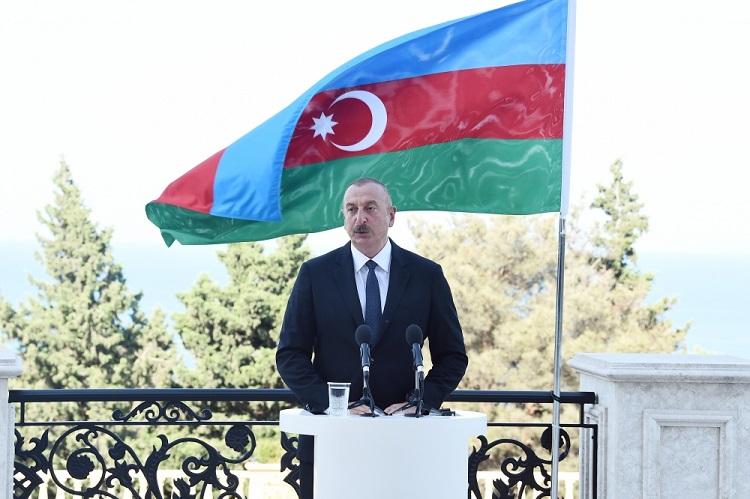 """Prezident: """"Azad edilmiş ərazilərimizdə 100 minlərlə mina basdırılıb"""""""