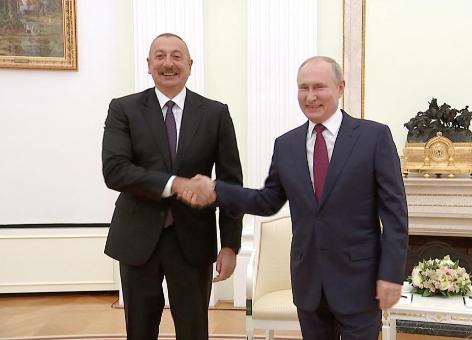 Putin regionda vəziyyətin nizamlanmasına görə İlham Əliyevə təşəkkür edib