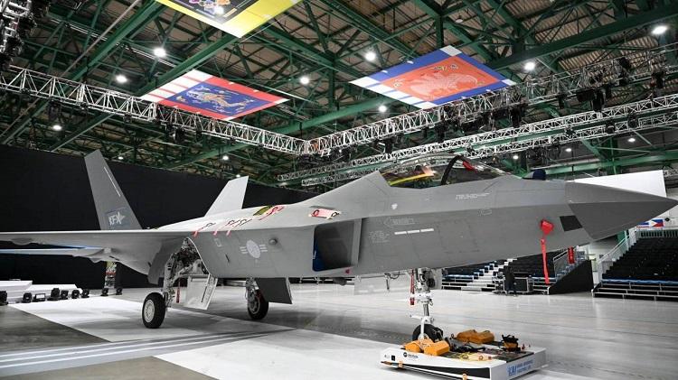 """Cənubi Koreyada KF-21 """"Boramae"""" stels təyyarəsi hazırlanıb"""